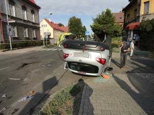 nehoda-trutnov-25-9-2015-ford-focus-1