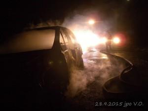 pozar-automobilu-slatina-28-9-2015-10