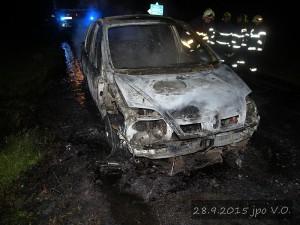 pozar-automobilu-slatina-28-9-2015-12