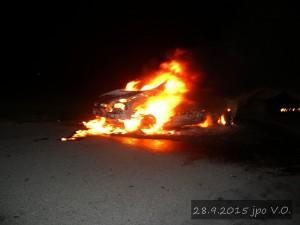 pozar-automobilu-slatina-28-9-2015