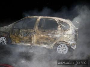 pozar-automobilu-slatina-28-9-2015-5