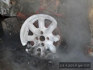 pozar-automobilu-slatina-28-9-2015-6