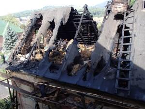 pozar-strechy-rodinneho-domu-vrchlabi-2