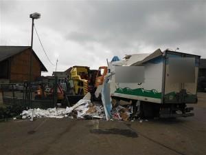 nehoda-kamionu-prevazejiciho-mleko-dobra-voda-u-horic-3