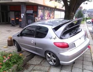 nehoda-parkovani-peugeot-nove-mesto-4