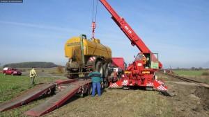 nehoda-stret-traktoru-s-vlakem-ocelice-rychnovsko-10