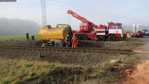 nehoda-stret-traktoru-s-vlakem-ocelice-rychnovsko