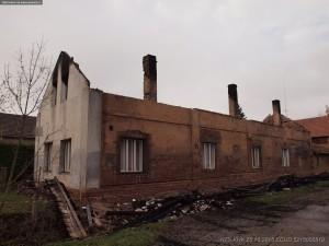 pozar-domu-strechy-rodov-hradecko-3