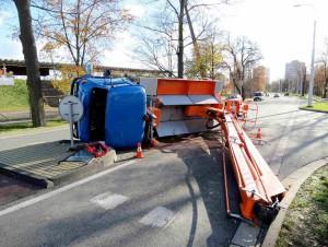 nehoda-avia-hradec-kralove-autojerab-1