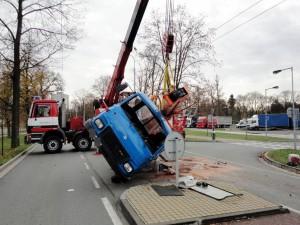 nehoda-avia-hradec-kralove-autojerab-2