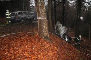 nehoda-na-rychnovsku-auta-zacala-horet-2