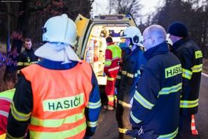 dopravni-nehoda-nove-mesto-nad-metuji-20-12-2015