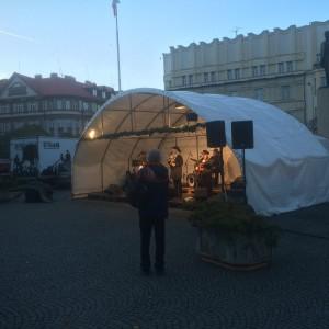 vanocni-trhy-masarykovo-namesti-hradec-kralove-1