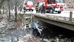 dopravni-nehoda-podhradi-1-1-2016-2