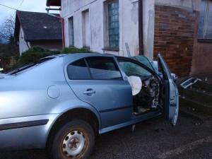 dopravni-nehoda-nachod-ridic-neprezil-1