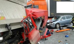 dopravni-nehoda-obchvat-jicina-2-2-2016-1