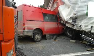 dopravni-nehoda-obchvat-jicina-2-2-2016-2