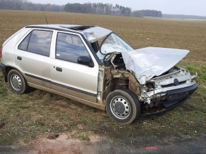 nehoda-s-umrtim-motorkare-chlumec-nad-cidlinou-11-3-2016