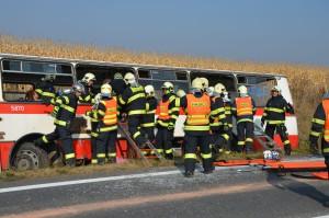 dopravni-nehoda-cviceni-izs-pardubice-2