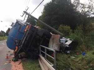 dopravni-nehoda-volanov-19-9-2016-3