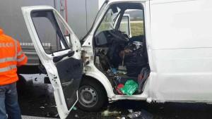 dopraveni-nehoda-ostretin-3