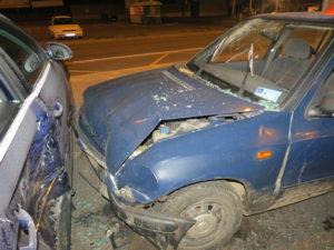 dopravni-nehoda-parkoviste-tesco-jicin-1