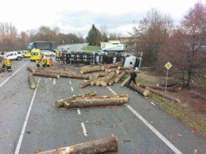 Dopravní nehoda Hrochův Týnc