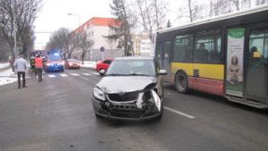 Dopravní nehoda Hradec Králové - Severní ulice - 24.1.2017