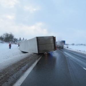 dopravni-nehoda-jicin-4-1-2017-2