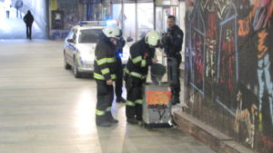 Požár koše v podchodu třída Karla IV - Hradec Králové - 31.12.2016