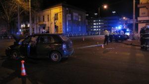 dopravni-nehoda-hradec-kralove-17-02-25-strelecka-karla-IV-1