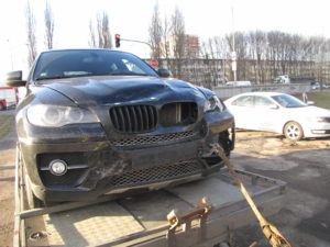 dopravni-nehoda-hradec-kralove-17-02-26-rasinova-veverkova-1
