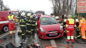 dopravni-nehoda-17-03-06-silnice-i-33-hradec-kralove-jaromer