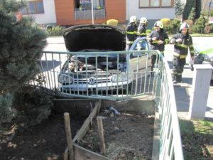 dopravni-nehoda-bezrucova-na-rybarne-hradec-kralove-28-3-2017-2