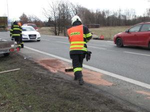 dopravni-nehoda-hradec-kralove-bratri-stefanu-01-03-2017