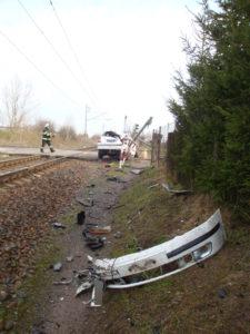 zeleznicni-dopravni-nehoda-cernozice-30-3-2017-3