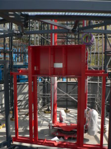 Cyklověž na pardubickém nádraží čeká na technologie - duben 2017