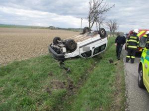 dopravni-nehoda-divec-11-4-2017-1