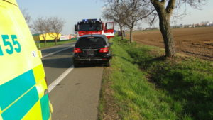 dopravni-nehoda-hradec-kralove-plotiste-10-4-2017