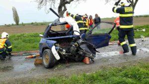 dopravni-nehoda-rally-22-4-2017-v-chrudimi-1