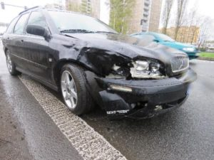 dopravni-nehoda-rasinova-ulice-hradec-kralove-policie-hleda-svedky-1