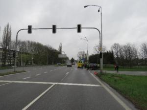 dopravni-nehoda-rasinova-ulice-hradec-kralove-policie-hleda-svedky