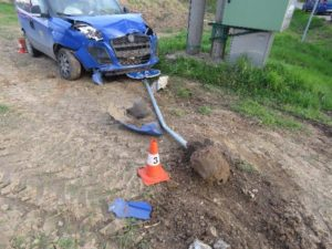 dopravni-nehoda-sadova-20-4-2017-2