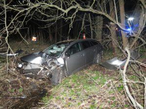 dopravni-nehoda-trutnov-ridic-usnul-za-volantem-1