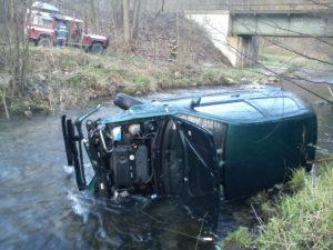 dopravni-nehoda-velke-petrovice-10-4-2017
