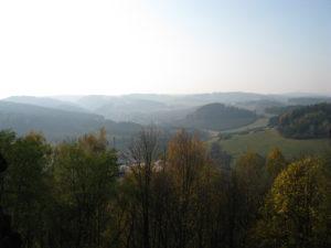 Výhled z hradu Pecka