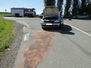dopravni-nehoda-lochenice-2