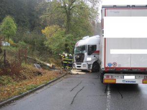 dopravni-nehoda-upice-3