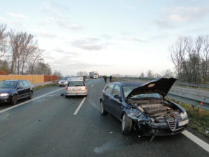 hradubicka-dopravni-nehoda-14-11-2017