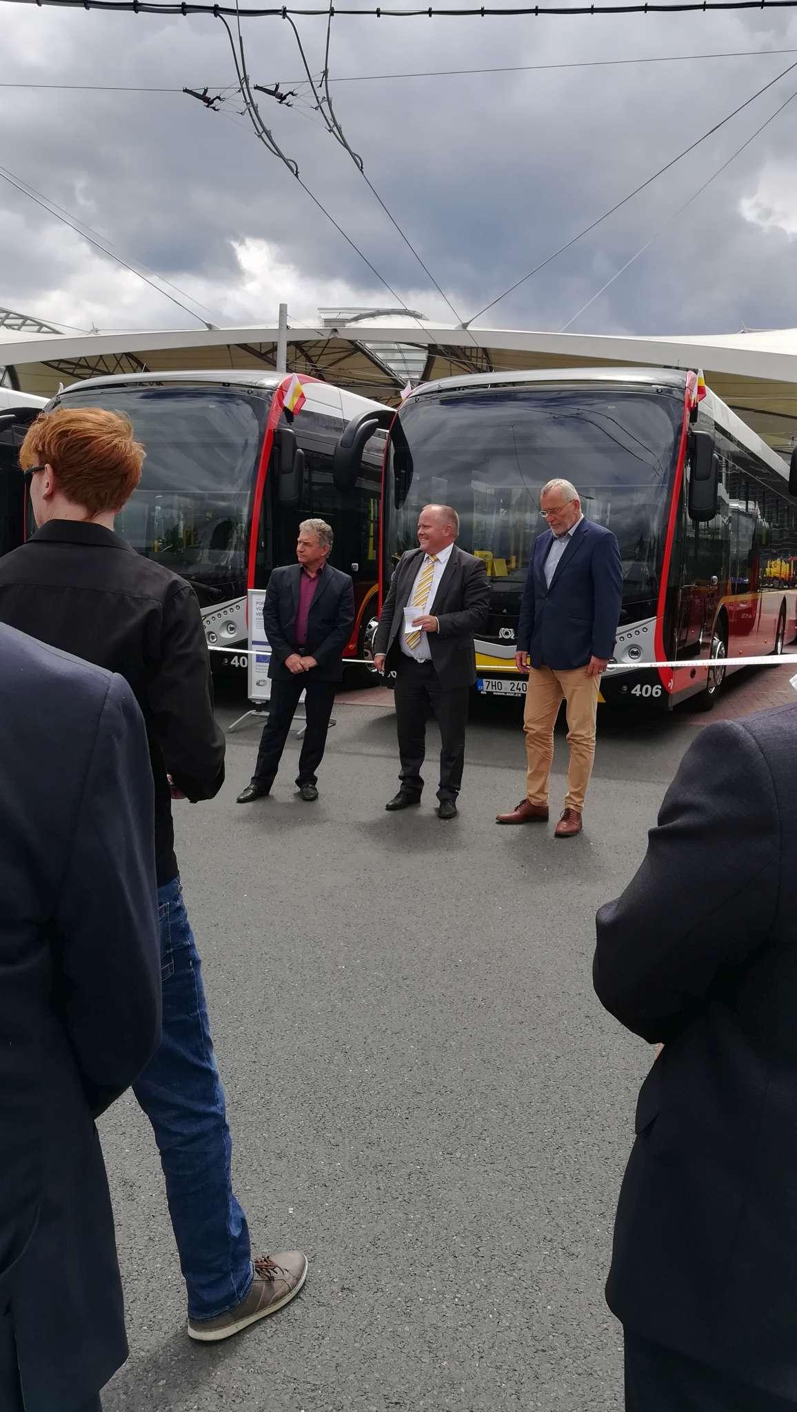 nove-vozy-dpmhk-hradec-kralove-elektrobus-sor-urbanway-iveco-11